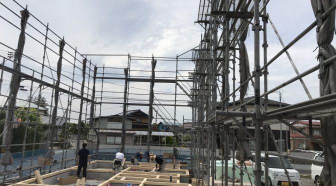 美里S様邸5月26日本日建て方です。